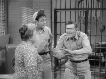 The Andy Griffith Show: Season 4: Andy Saves Gomer