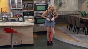 Young & Hungry: Season 1: Young & Ringless